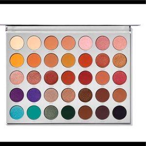 Jaclyn Hill Morphe Eyeshadow Palette Vol. 1
